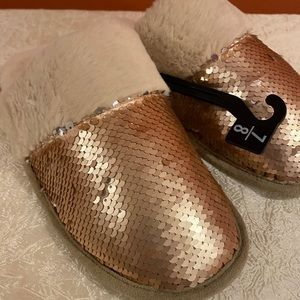 Reversible Sequin Faux Fur Slippers